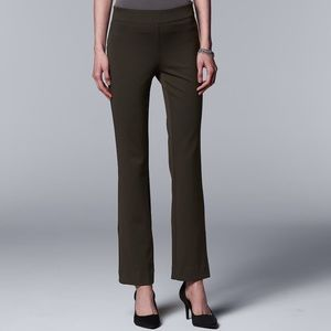 green everyday luxury pull on Ponte dress pant